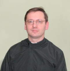 (photo. 4) Father-Doctor Sviatoslav Shevchuk