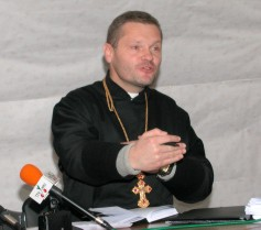 (photo 29) priest Oryest Fryedyna